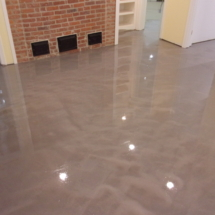 picture of basement floor with metallic epoxy